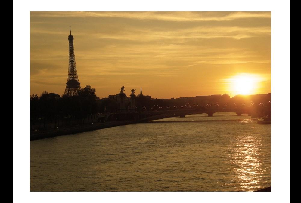 Paryż w obiektywie artysty!