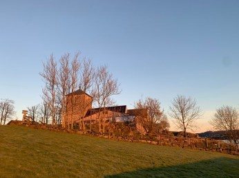 Olavskirken sett fra NH i Nov morgenlys