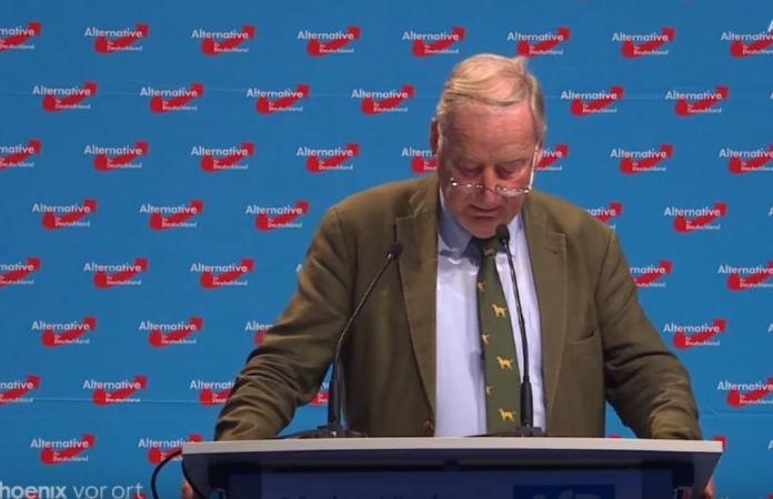 """Foto: Screenshot Youtubekanal """"Politik und Zeitgeschichte"""""""