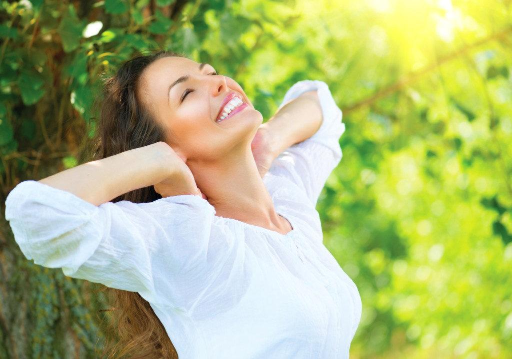 Người phụ nữ khỏe mạnh và hạnh phúc