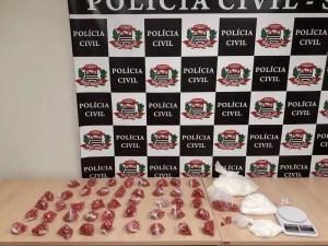 mulheres presas após serem flagradas com cocaína em Rio Preto