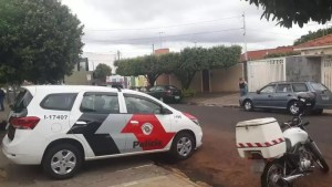 Homem morto com perfurações em Rio Preto