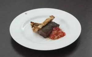 Alcatra grelhada vinagrete e pão de alho
