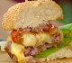 Hambúrguer de Linguiça com Queijo àMilanesa
