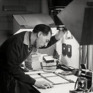 Alex Suanet in de fotostudio van Boelwerf