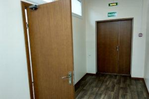 Деревянные противопожарные двери (EI 30)