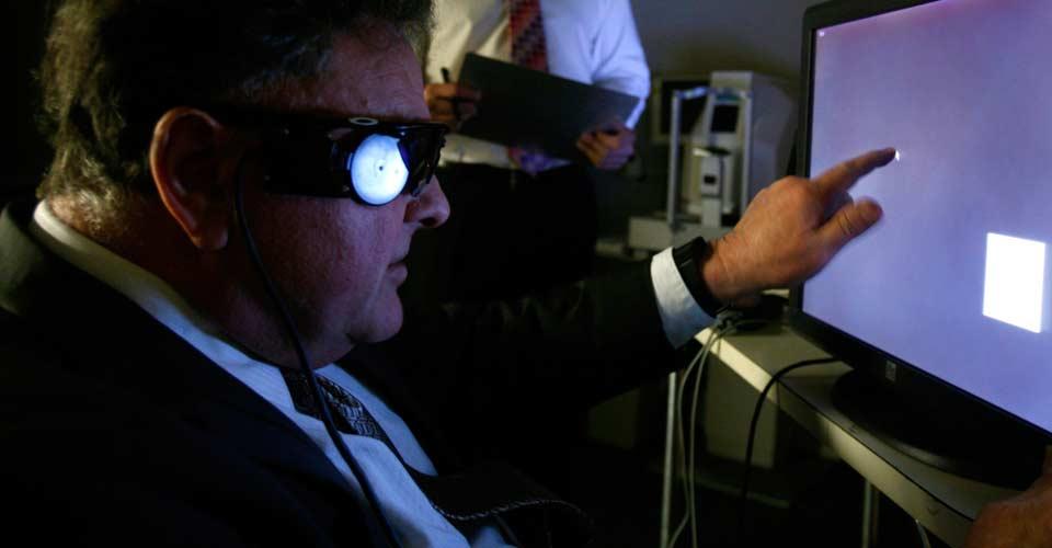 Crean unas gafas biónicas para personas con problemas de visión