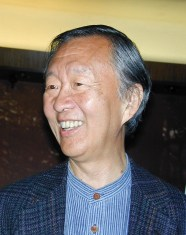 Photo of Charles Kao during visit to STL in 2002