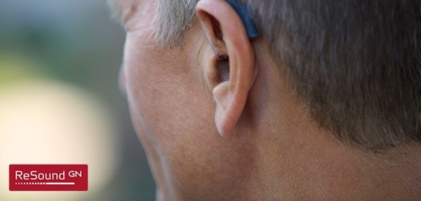 RIC hearing aid By Optical Palace