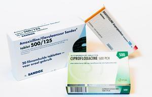 2015-06-24 12:30:12 DEN HAAG - Antibiotica tabletten. Antibiotica zijn medicijnen die worden gebruikt bij infecties die worden veroorzaakt door bacteriën. ANP XTRA LEX VAN LIESHOUT