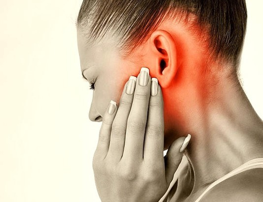 Ear blurred: first aid for pain
