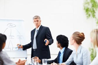4 ефективни начина за водене на разговор със служителите