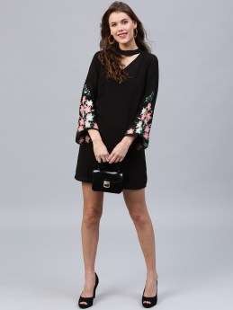 Black elegant shift dress