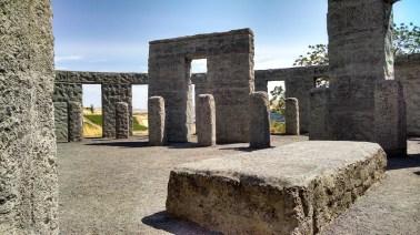 stonehenge-944644_1920