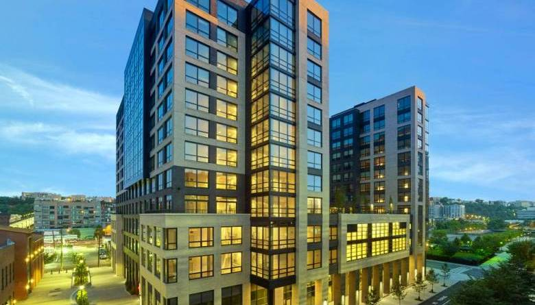 New Jersey luxury living condo apartments hi end upscale green living Park + Garden Hoboken New Jersey
