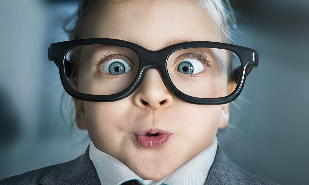 Galileo ofrece una amplia variedad de marcas de anteojos en stock  permanente. En la ciudad de cordoba. No dude en comunicarse 144d5b5fda41