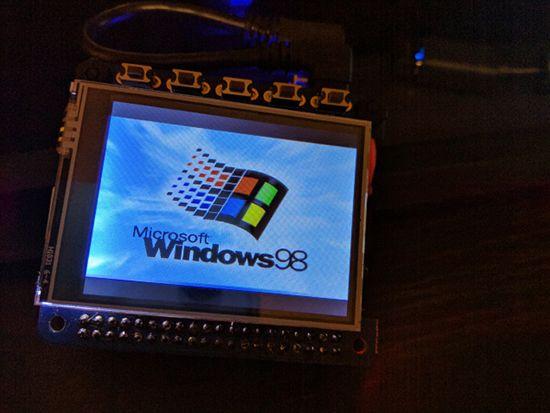 Windows 98 Wrist Watch On Raspberry Pi