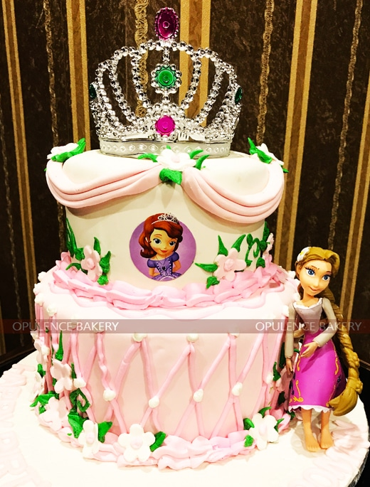 rapunzel fondant cake in 2 tiers