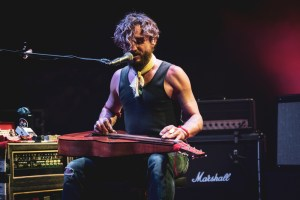 [Photos] John Butler Trio + Carus Thompson – Le Bikini – 26/06/2019