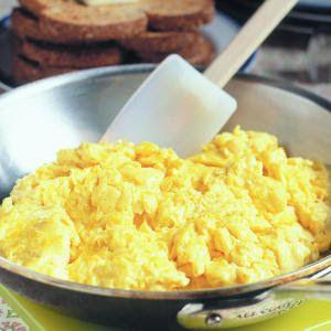 ovo mexido pro café da manhã