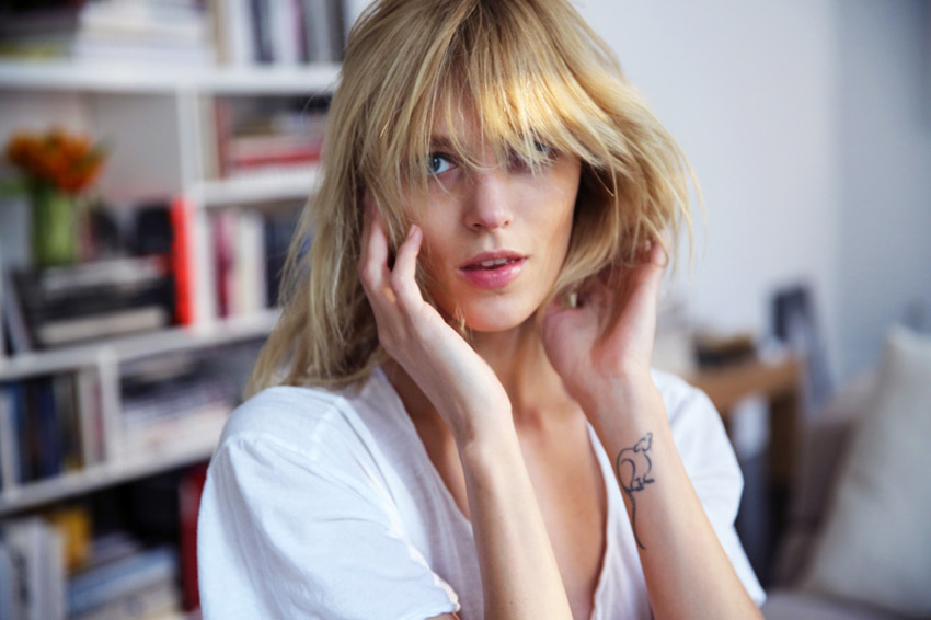 Anja-Rubik-Into-The-Gloss.1