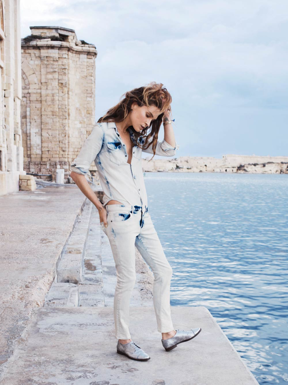 erin wasson fashion model candids off duty style fashion editorial vogue russia free people jeans denim bikini swim