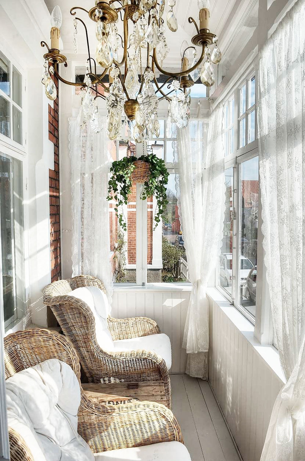 Oracle, Fox, Sunday, Sanctuary, White, Out, White, Interiors, industrial, sunroom, lace, curtains