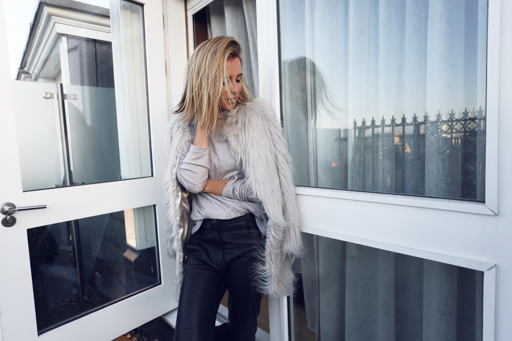 London Edition, London Edition Hotel, London Accommodation, travel, travel diary, oracle fox, grey outfit