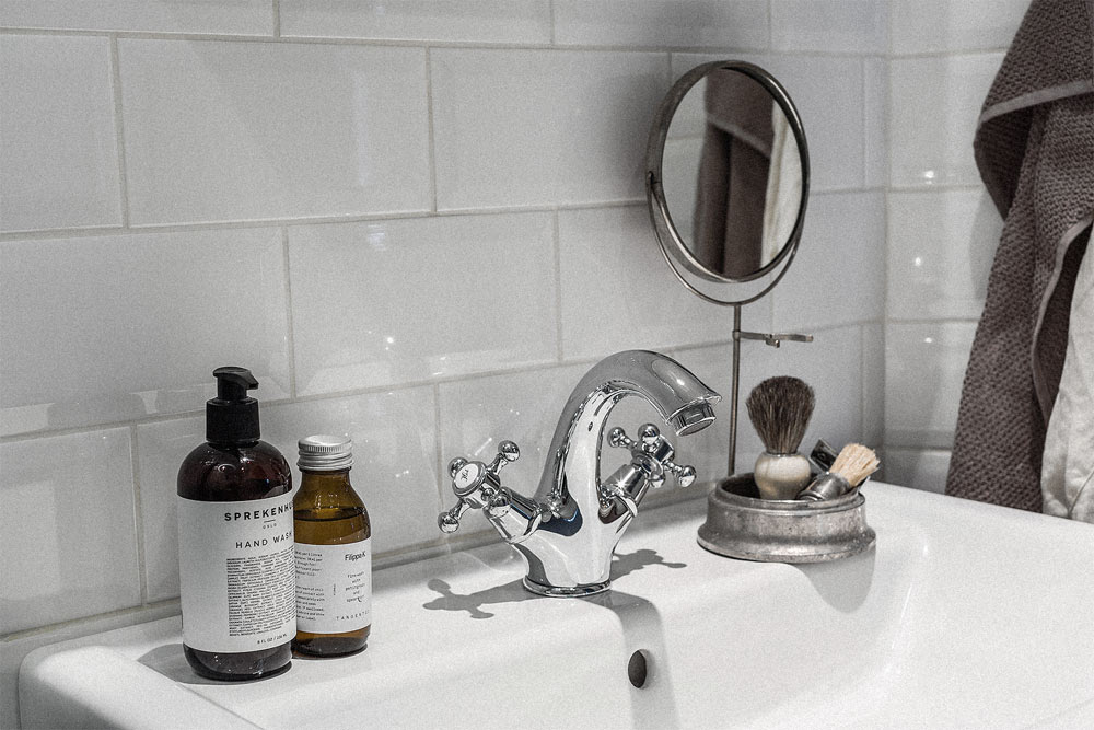Oracle-Fox-Sunday-Sanctuary-White-Bakers-Tiles-Scandinavian-Bathroom-Interior-Sink