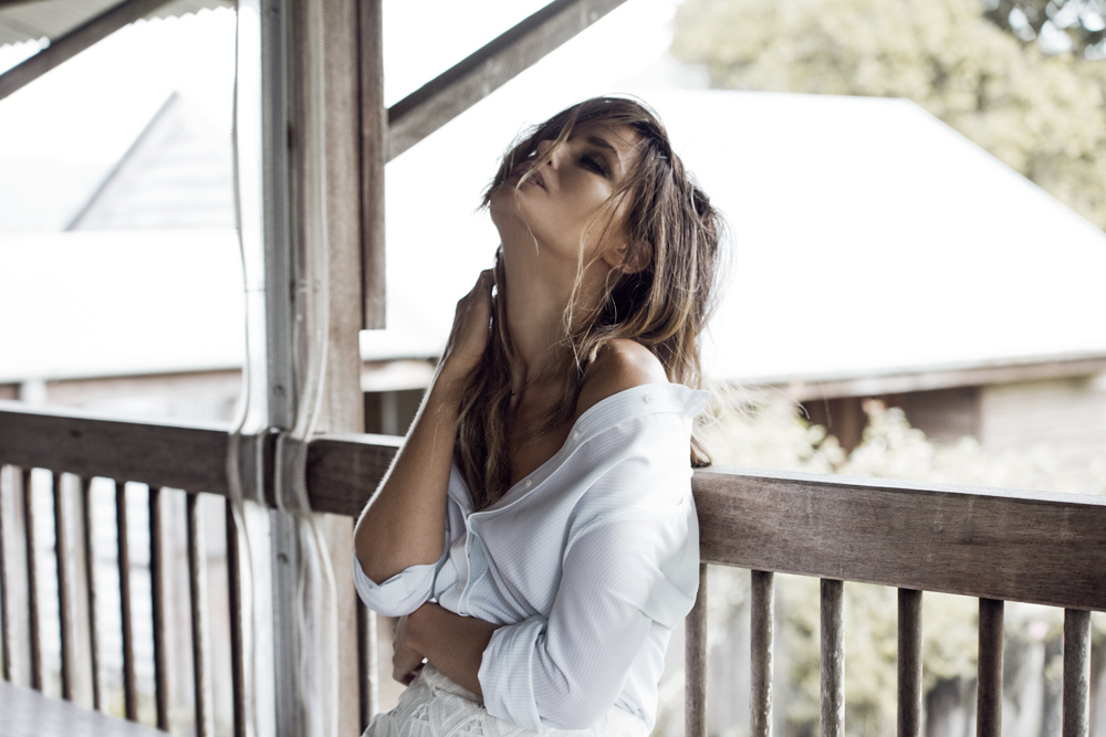 Myer, Jodi Gordon, Jodi Anasta, actress, campaign, spring, summer, new romantic, denim flares, casual outfit, photography, amanda shadforth, oracle fox, lace dress