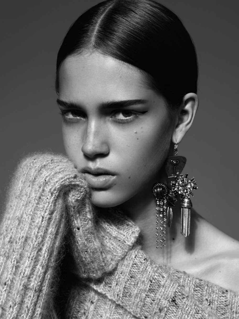 oracle fox, trend, post, gold,  statement, earring, campaign, editorial,