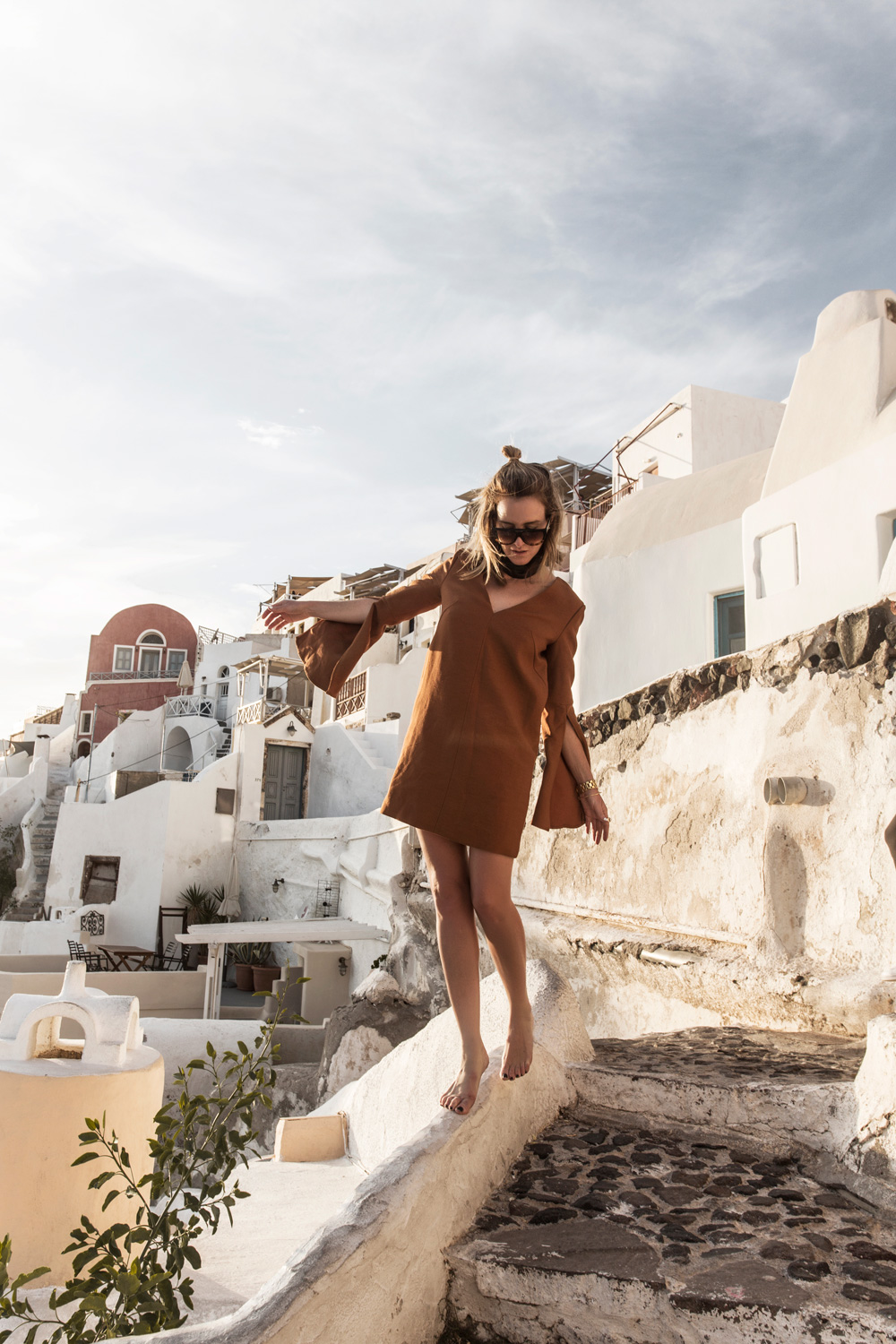 Terracotta-Dress-Oia-Sunset-Santorini-Amana-Shadforth-Oracle-Fox.2