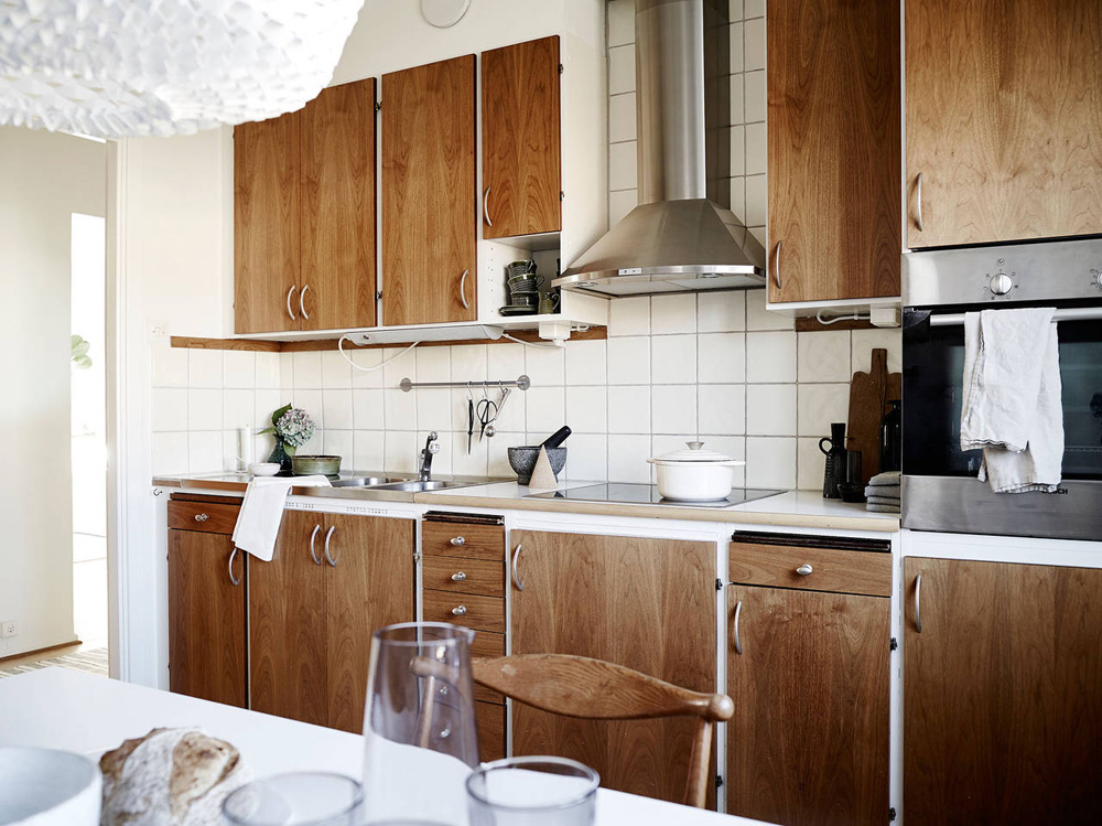 Oracle, Fox, Sunday, Sanctuary, Suncatcher, Scandinavian, Interior, rustic, wood, kitchen