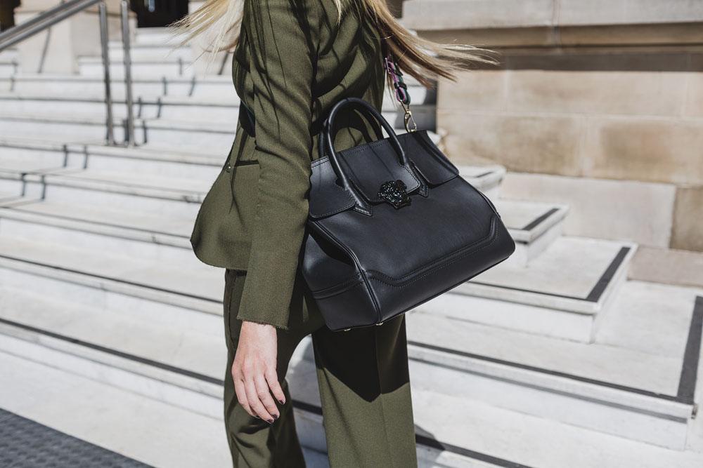 Versace, Versace Bag, Versace , Versace Palazzo Empire, Empire Bag, Versace Palazzo Bag, Campaign, Bag Campaign, Amanda Shadforth, Oracle Fox