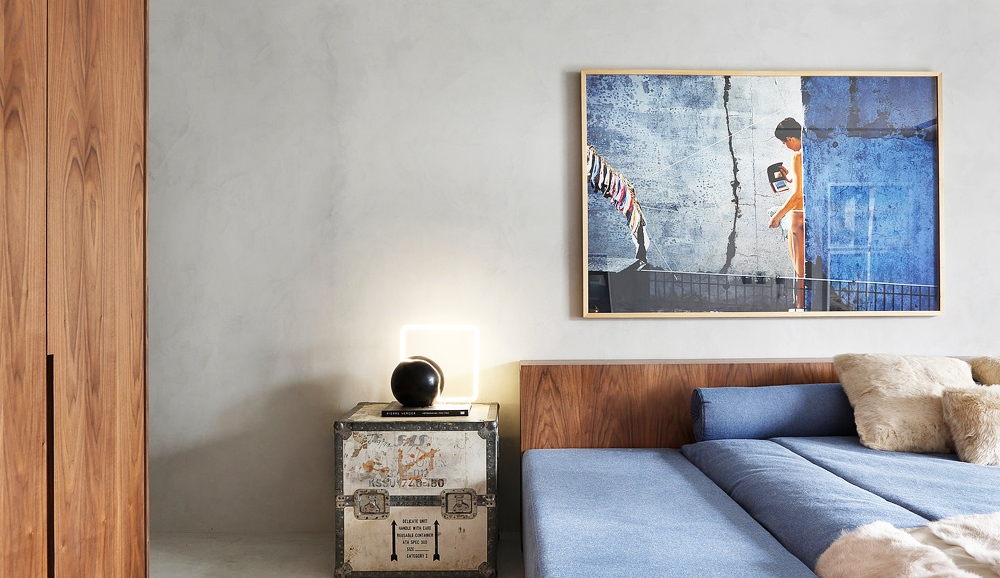 bed, bedroom, bedside table, art, guilherme torres, ma home, interiors, interiors tour, sunday sanctuary, oracle fox