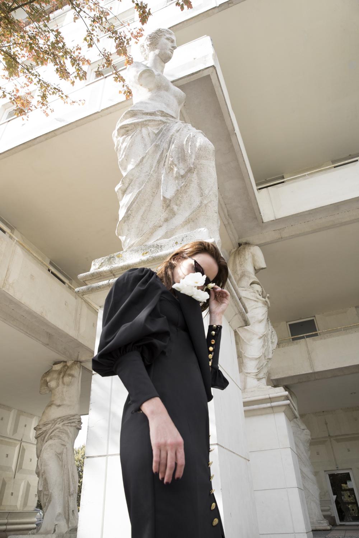 George-Keburia-Flower-Rose-Dress-Sunglasses-Amanda-Shadforth.5