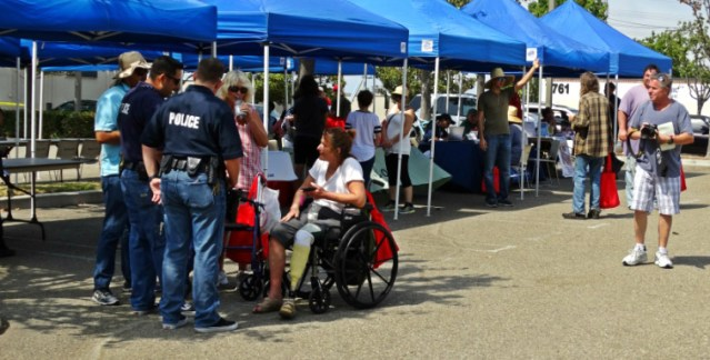 POLICE from Garden Grove and Westminster held an event Saturday to offer assistance to the homeless (GGPD photo).