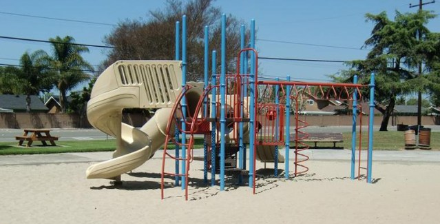 WARDLOW PARK in Huntington Beach will keep its name (City of HB photo).