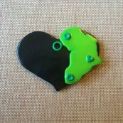Africa Heart Pendant (black and green)