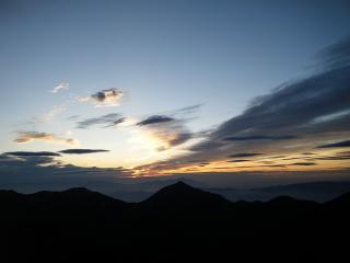 南岳の日の出