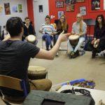 Rythme Signé percussions au lycée Saint-Louis (Saint-Nazaire) avec Gwenael Dedonder de Sysmo 9