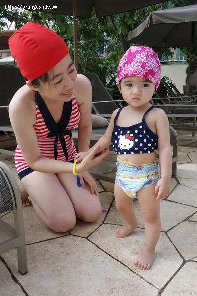 假日酒店游泳池