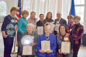 Garden Club Earns FGCCT Awards