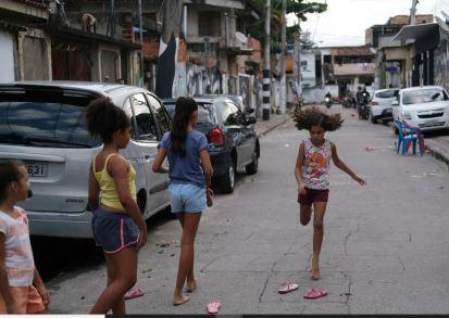 Rio Favelas Drug 1