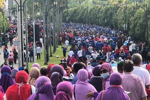81595687758 Kuching