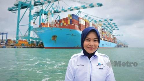 arienne kapal malim pertama malaysia