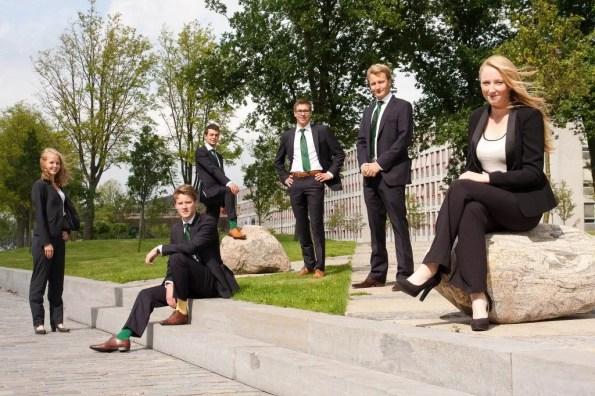 v.l.n.r.: Eva Nieuwenhuis, Peter Swier, Casper Hügel, Christiaan Rijneveld, Enne Hekma, Anna van der Togt