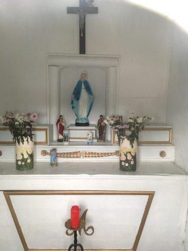 Intérieur de la chapelle Sainte Marie Mère de Dieu