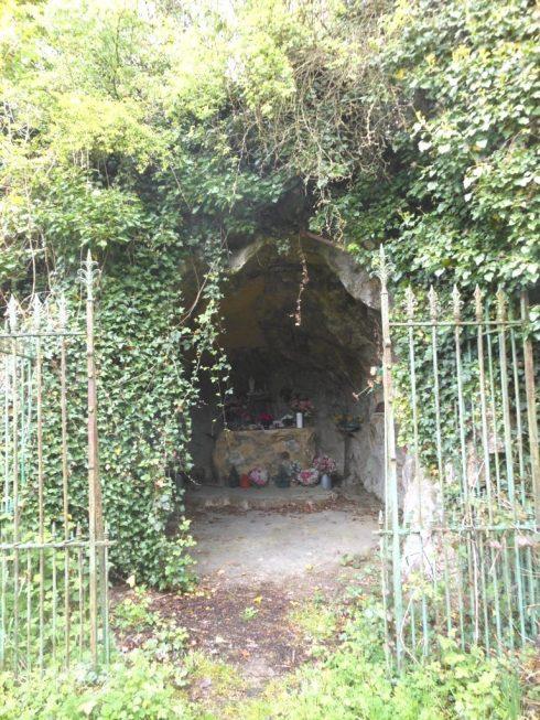 Grotte N.D de Lourdes Rue des Brasseries