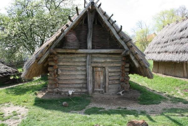slavic-log-cabin-3-600x401 Aventura CaLuCe: O plano de Sombra da Morte, parte 1